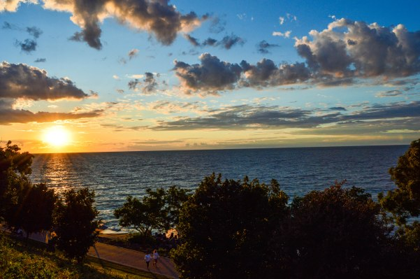Lakewood Park best spots to watch sunset cleveland