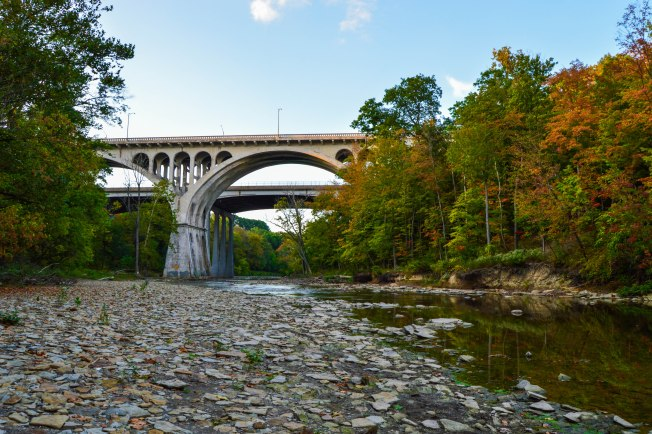 rocky river reservation best hiking cleveland metroparks