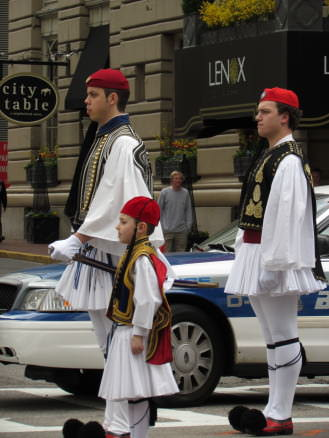 Traditional Greek guards, Evzones