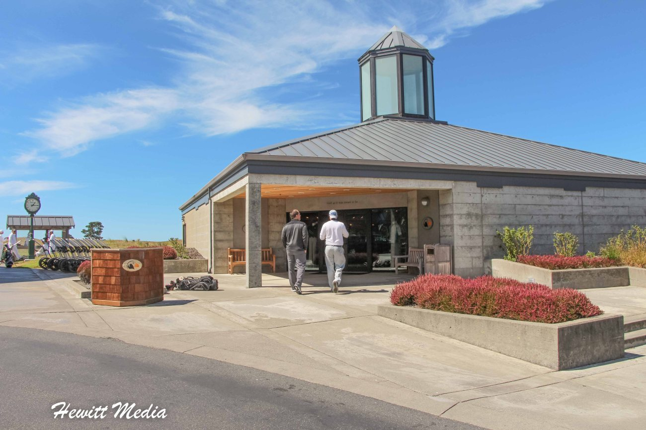 Bandon Dunes Clubhouse