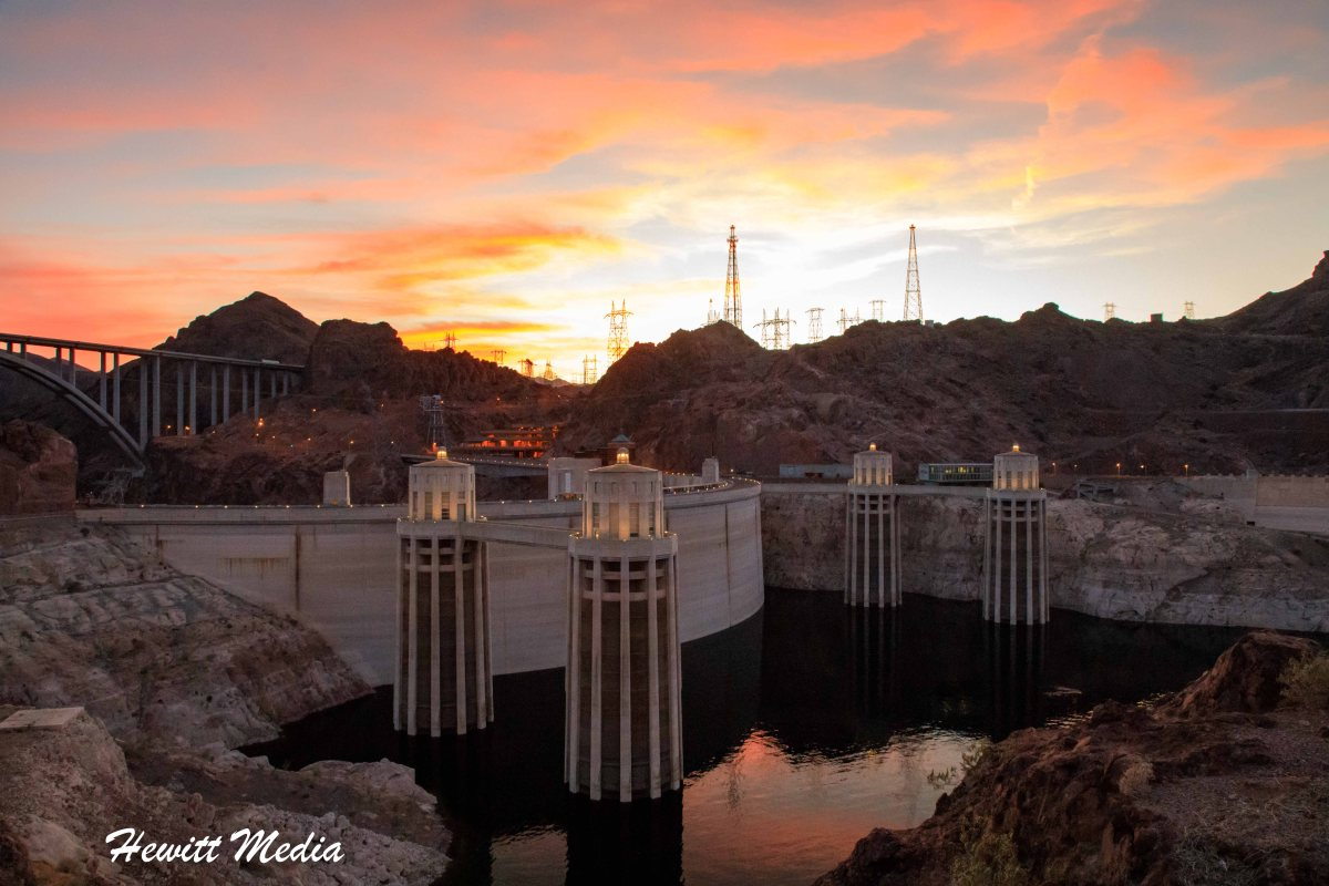 Hoover Dam Visitor's Guide