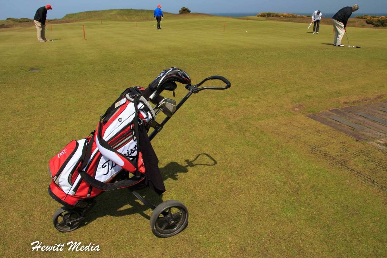 Traveling With Clubs-9189.jpg