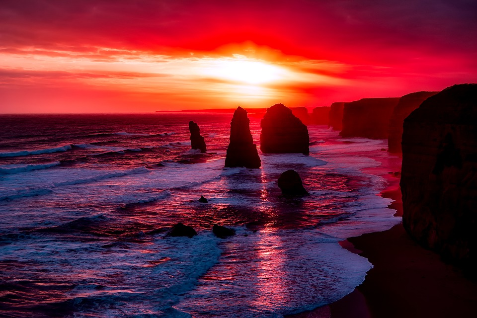 twelve-apostles-2372379_960_720.jpg