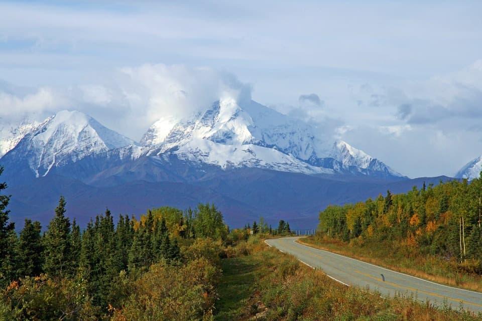 Alaska Highway.jpg