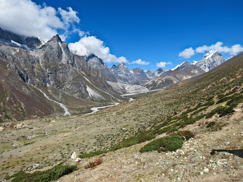 Mount Everest Base.jpg