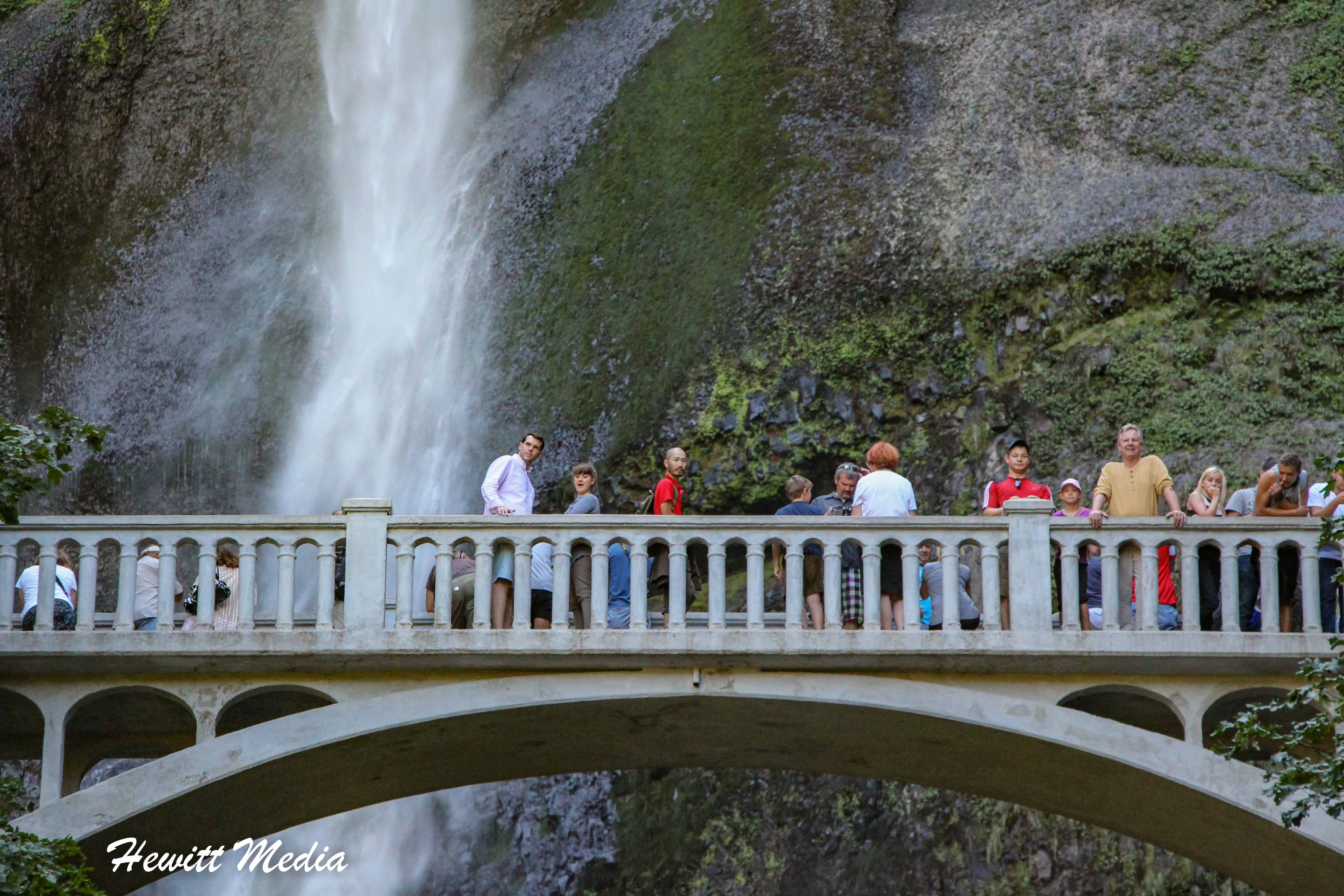 Observation bridge at the Multnomah Falls