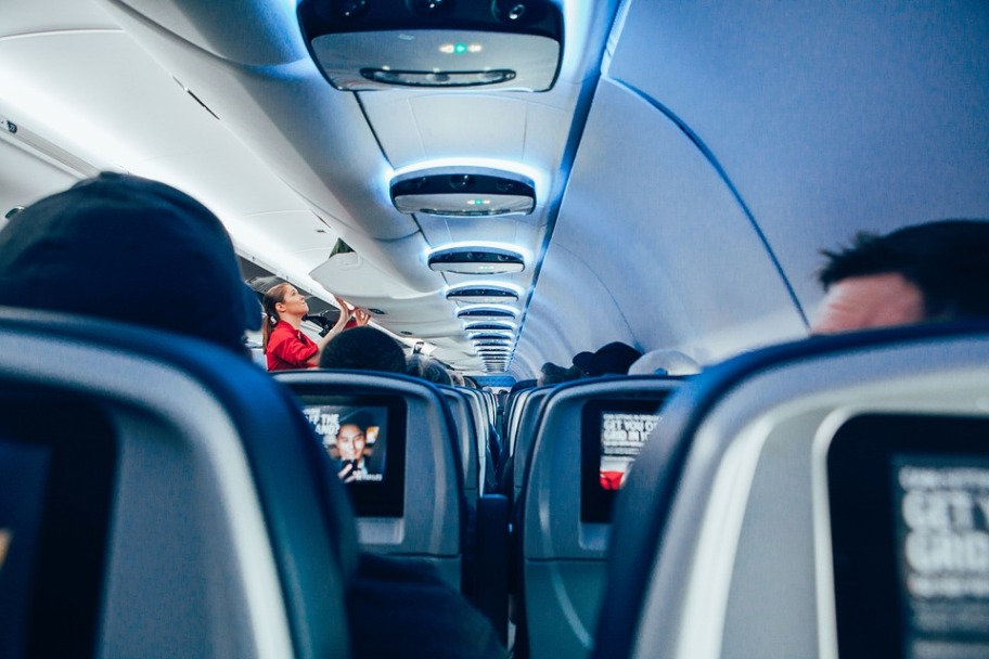 Airplane 16.jpg