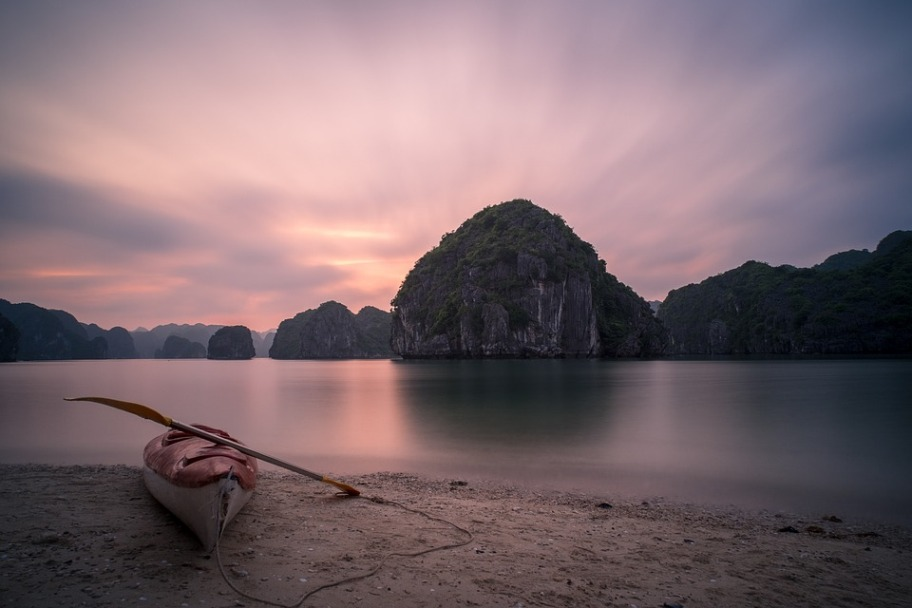 Best Coastlines in the World - Ha Long Bay