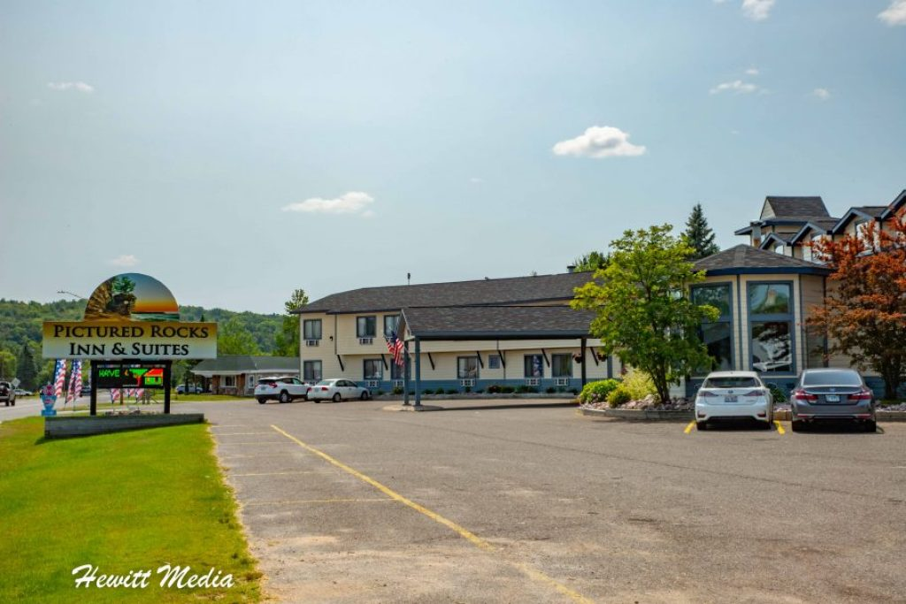 Pictured Rocks Travel Guide - Where to Stay at Pictured Rocks
