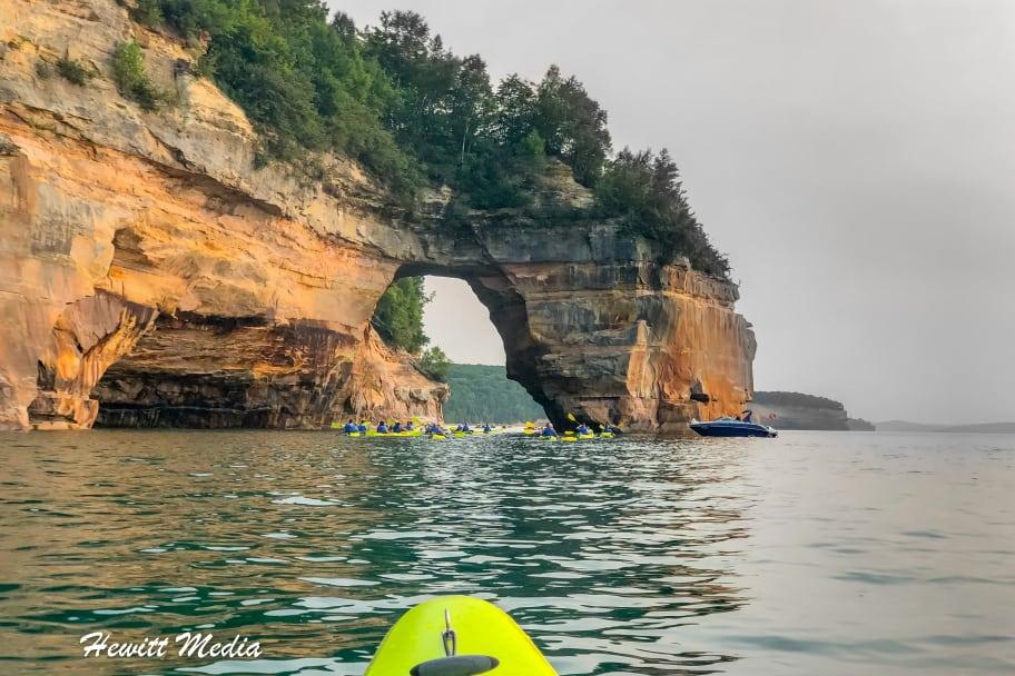 Pictured Rocks Travel Guide - Kayaking at Pictured Rocks