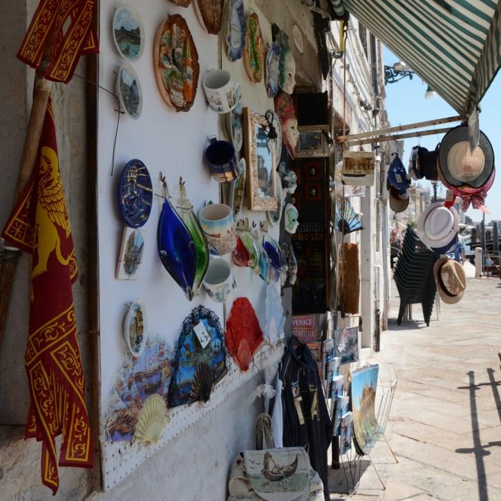 souvenir shop venice