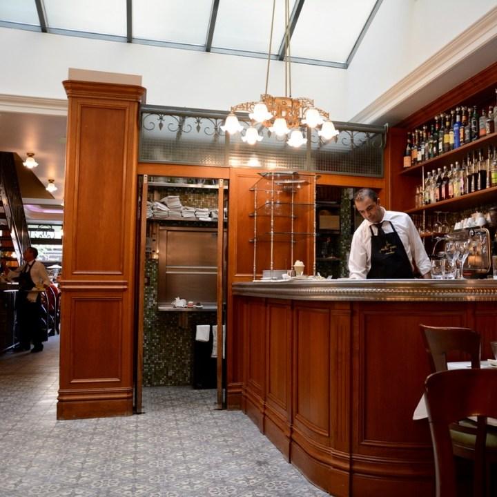 Paris France montmatre restaurant la mascotte
