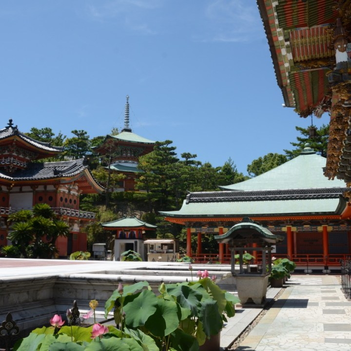 ikuchijima setoda kosanji temple shrine main hall
