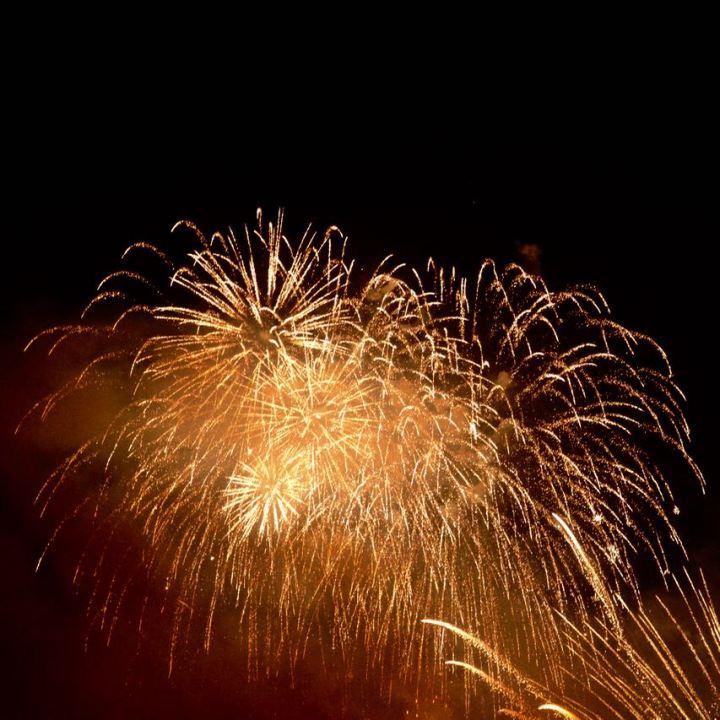 miyajima hanabi firework gold rain