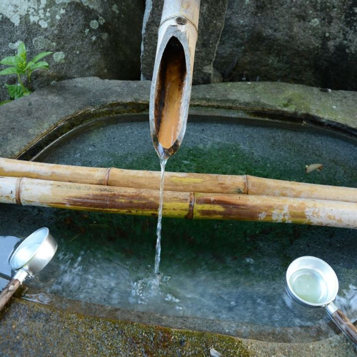 Tsukubai wash basin temple Kurashiki