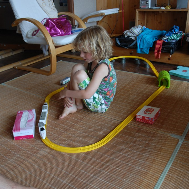travel with children kids japan tokyo daiso train set
