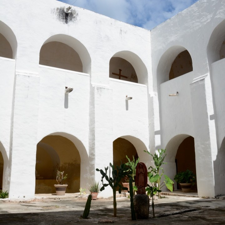 Travel with children kids mexico merida izamal convento de san antonio de padua courtyard