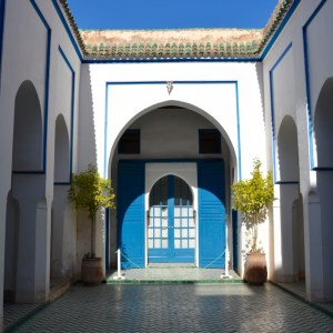 travel with children kids morocco marrakech bahia palace entrance