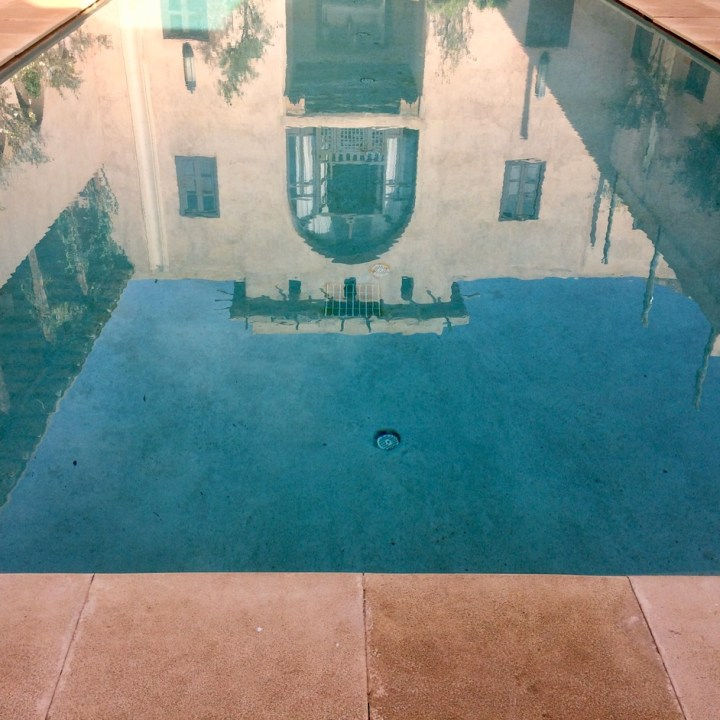 travel with kids children morocco marrakech hotel caravanserai pool reflections
