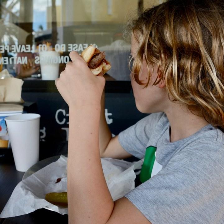 travel with kids children miami south beach hamburger restaurant