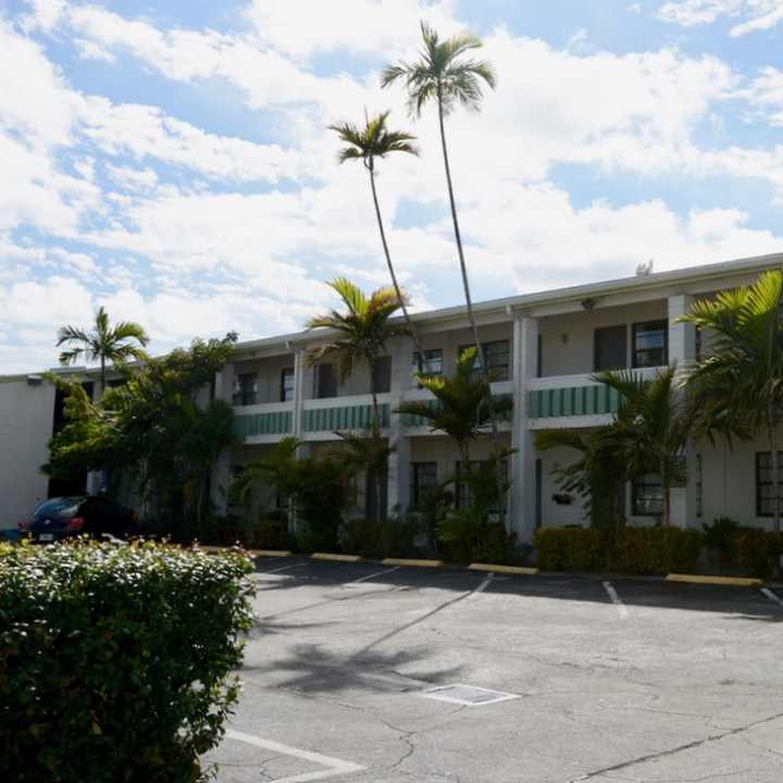 travel with kids children miami south biscayne boulevard motel