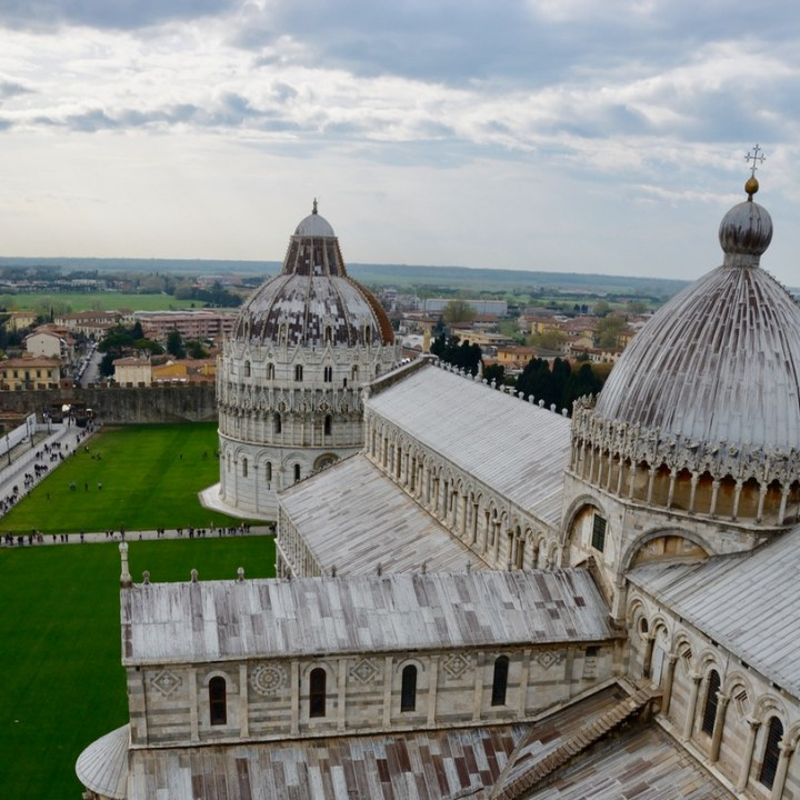travel with kids children pisa italy leaning tower view cathedral