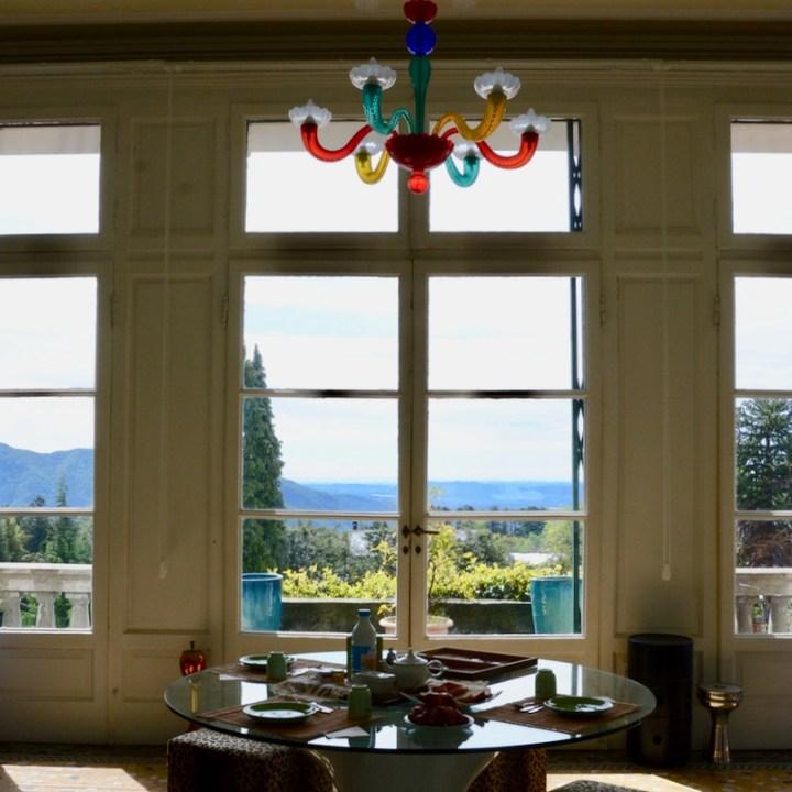 travel with kids children premono lago maggiore palazzo airbnb breakfast table