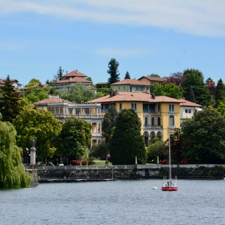 travel with kids children isola bella lago maggiore italy pallanza palazzos