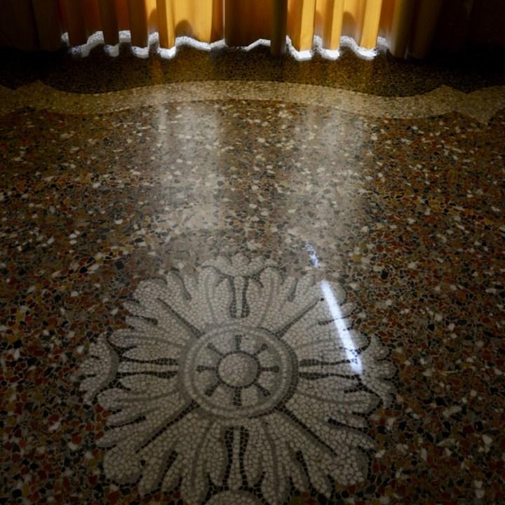 travel with kids children isola bella lago maggiore italy palazzo borromeo mosaic