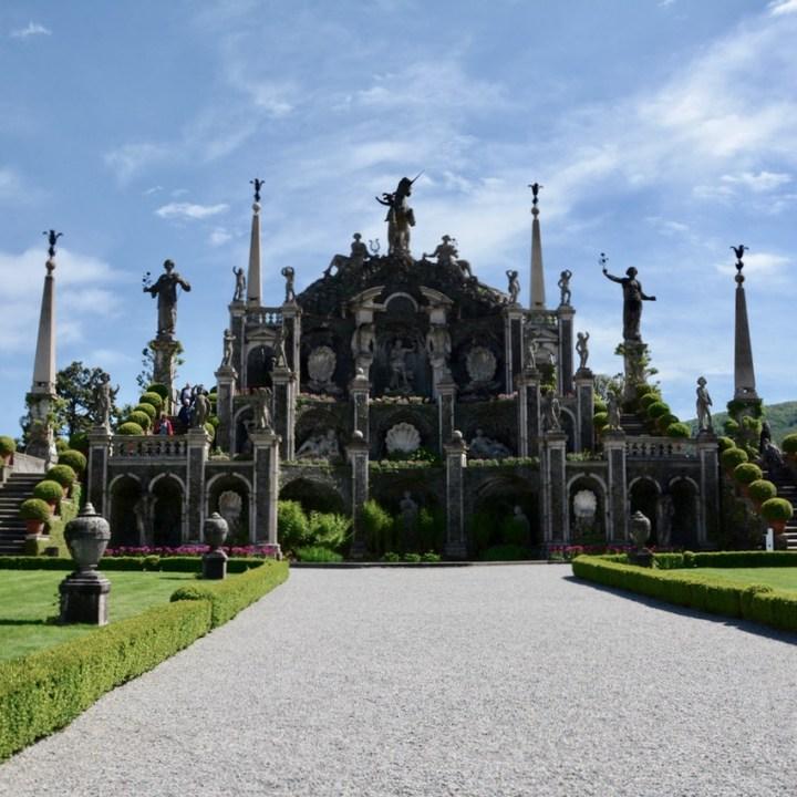 travel with kids children isola bella lago maggiore italy palazzo borromeo garden amphitheatre