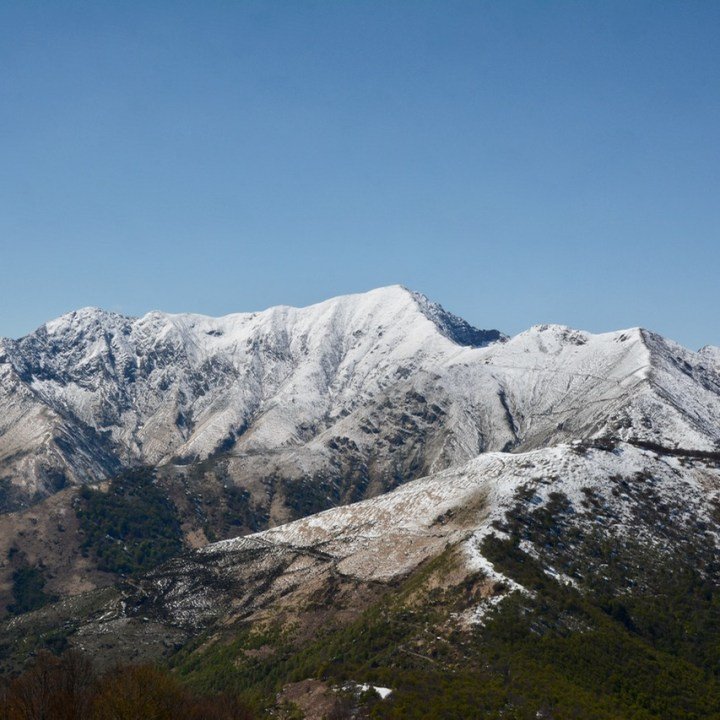 Mount Spalavera, Lago Maggiore, Italy | A Mountain Hike through Snow with a Spectacular Panorama over Lago Maggiore