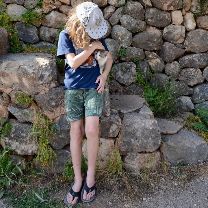 travel with kids children soller mallorca spain hiking fornalutx cat