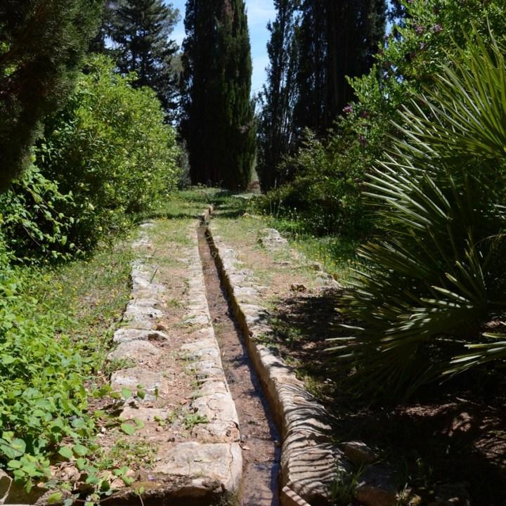 travel with kids children mallorca spain raixa estate water way