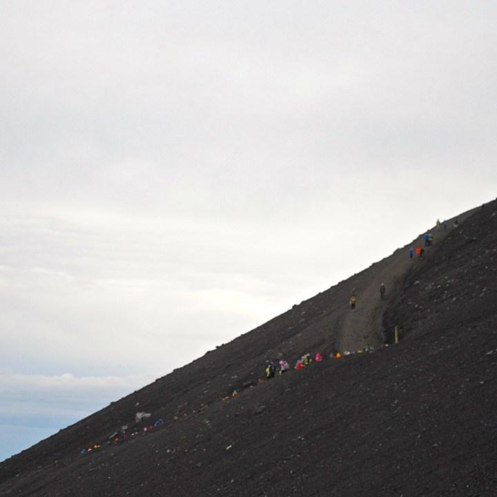 travel with kids hiking mount fuji japan way down