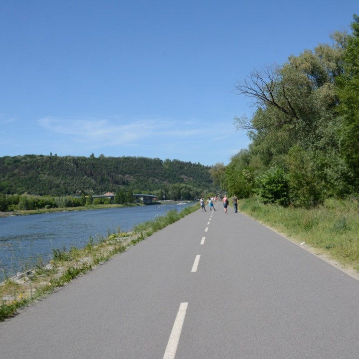 travel with kids prague bike path