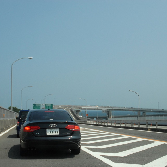 japan with kids driving holiday tokyo expressway traffic jam