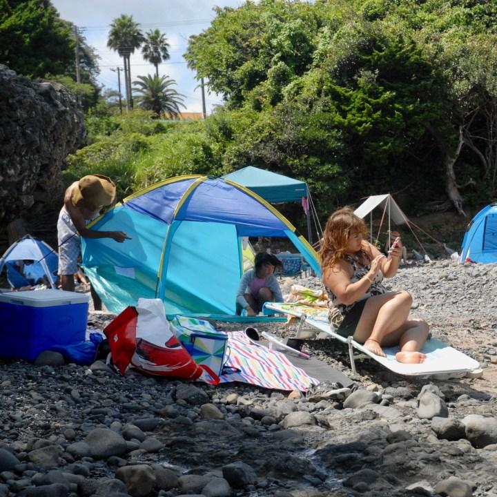 japan with kids izu peninsular touji beach life