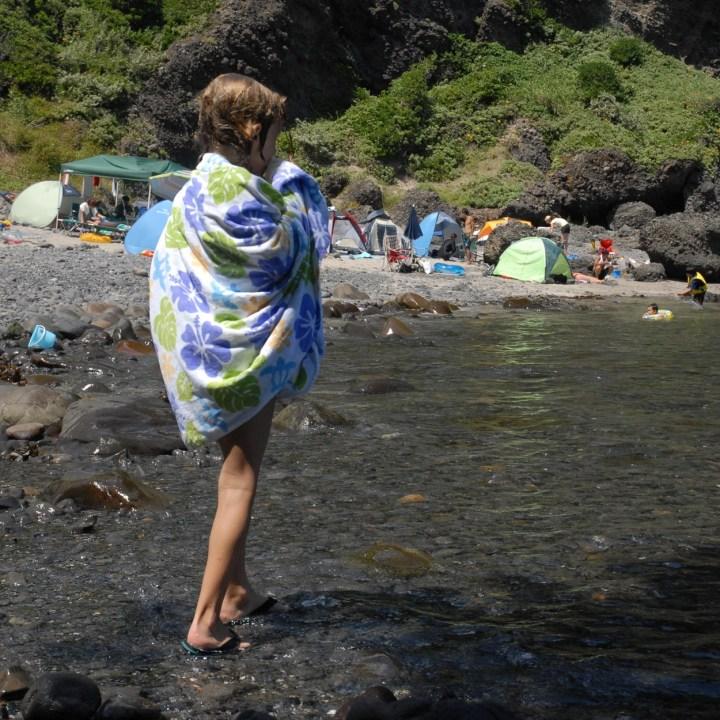 japan with kids izu peninsular touji beach towel