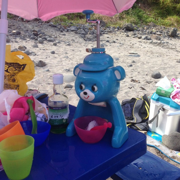 japan with kids izu peninsular touji beach kakigori