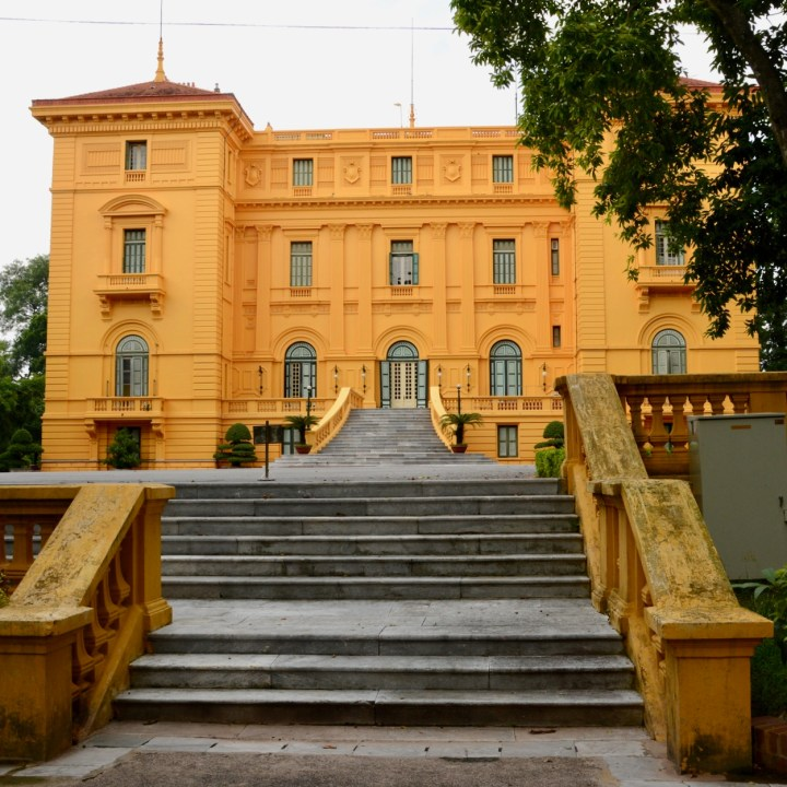 travel with kids vietnam hanoi ho chi minh presidential palace