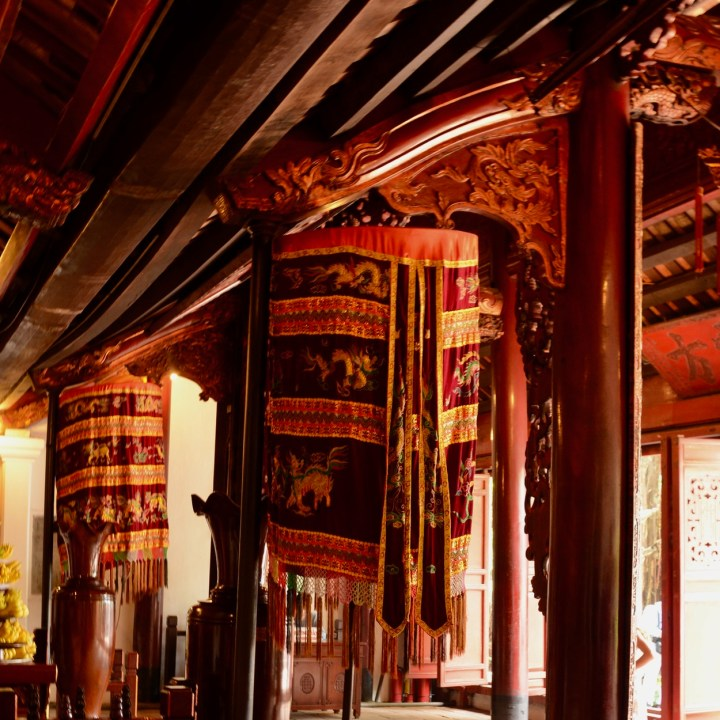 travel with kids vietnam hoi an temple interior