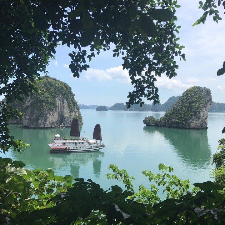 travel with kids vietnam bai tu long bay