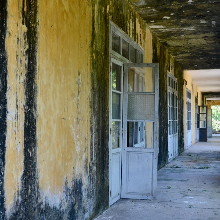 vietnam travel with kids hue citadel abandoned building