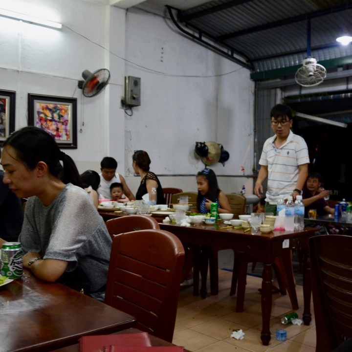 vietnam with kids hue evenings restaurant hanh