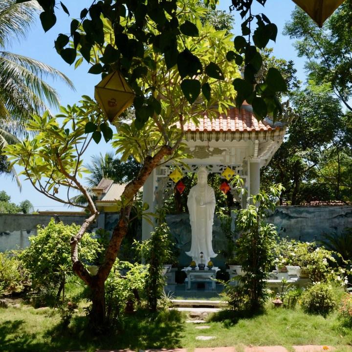 vietnam with kids hue duc son pagoda statue