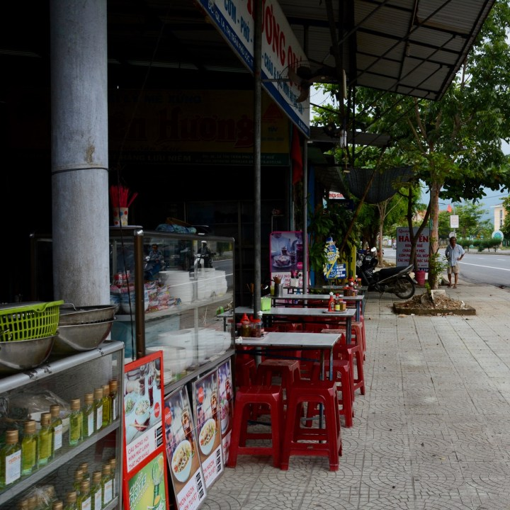 vietnam travel with kids da bac village restaurant