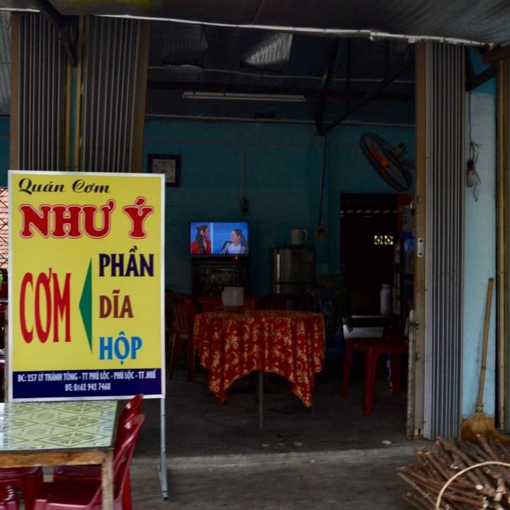 vietnam travel with kids da bac village tv