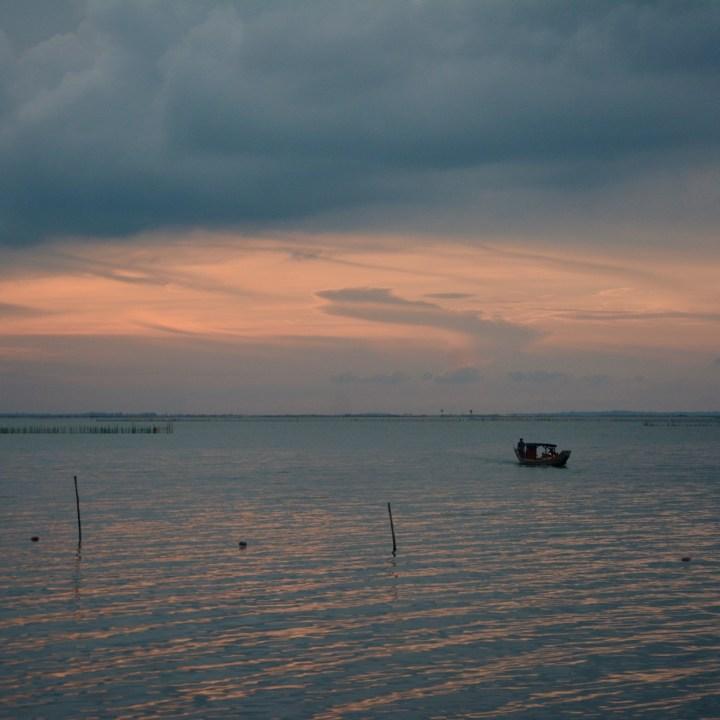 vietnam with kids vedana lagoon sunset