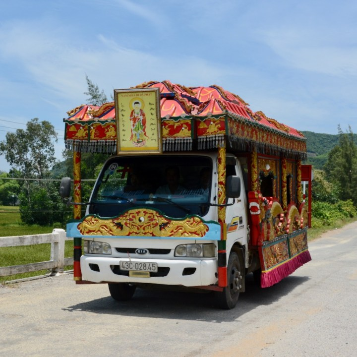 vietnam with kids cai lau lagoon dragon cart