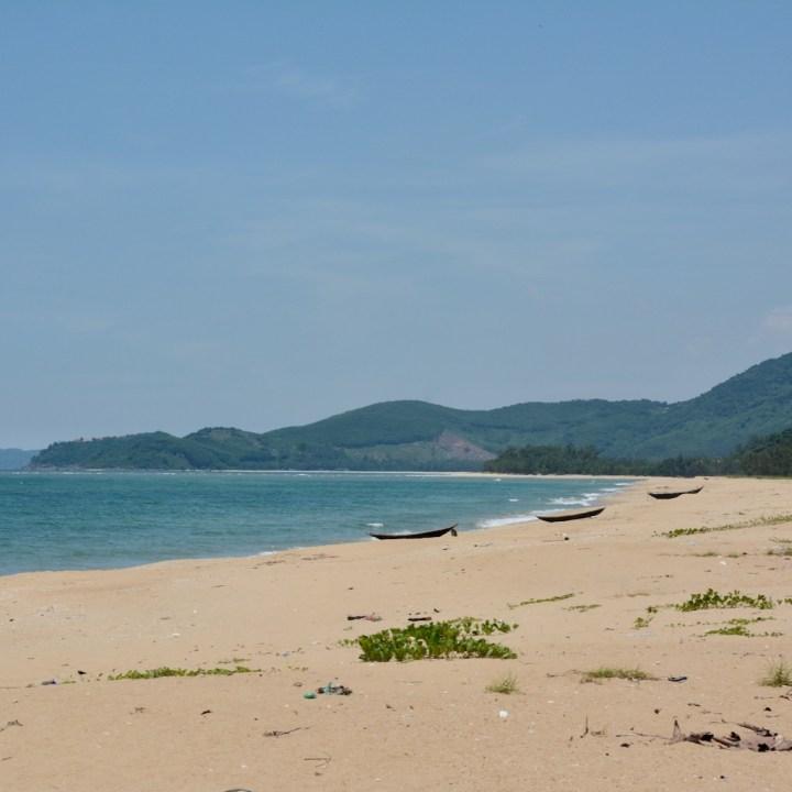 vietnam with kids vien hien beach